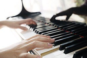 Adult Private Piano Lessons in Toronto